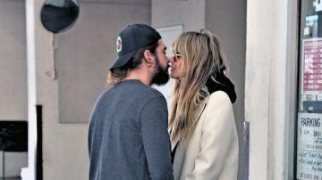 Los besos de Heidi Klum y su marido Tom Kaulitz