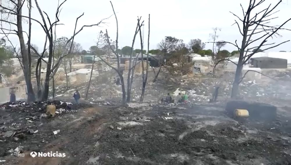 Muere una joven de 24 años en el incendio de la chabola en la que vivía en Palos de la Frontera