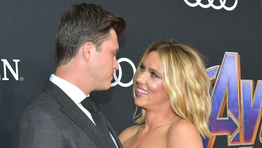 Scarlett Johansson ('Viuda Negra') y su pareja Colin Jost