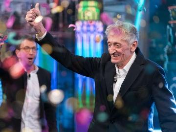 """La emoción entre lágrimas de un espectador de 'El Hormiguero 3.0' al ganar 3.000 euros: """"Me hace mucha falta"""""""