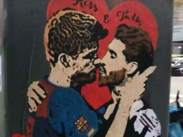 Barcelona - Real Madrid: La obra 'Spain, kiss and talk' del artista TvBoy