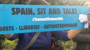 Pancarta Tsunami Democràtic