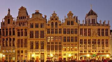 Bruselas cierra bares y restaurantes por un mes por el coronavirus