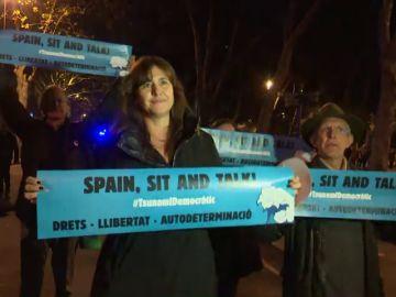 La portavoz de JxCat, Laura Borràs, se suma a la protesta de Tsunami Democràtic