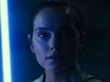 La actriz Daisy Ridley en una imagen promocional de 'Star Wars: El ascenso de Skywalker'