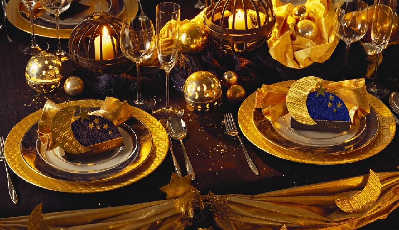 Mesa decorada para Nochevieja