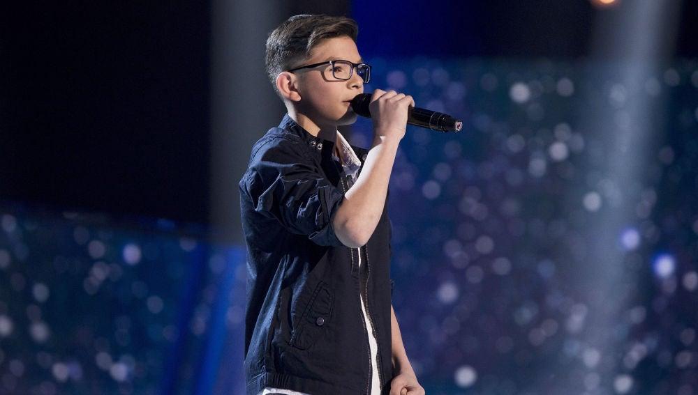 Salvador Bermúdez canta 'Y, ¿si fuera ella?' en la Final de 'La Voz Kids'