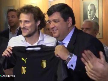 Diego Forlán, nuevo entrenador del Peñarol de Uruguay
