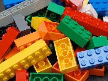 ¿Qué sucede si enfriamos hasta el límite una figura de Lego?