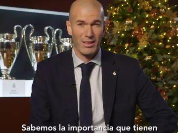 """Zidane, en el mensaje navideño del Real Madrid: """"No voy a pedir mucho más porque estamos todos muy enchufados"""""""