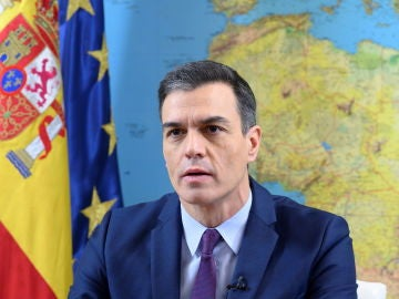 Pedro Sánchez felicita la Navidad a los militares