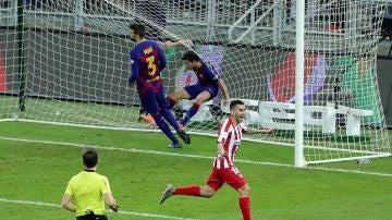 Ángel Correa celebra el 2-3 definitivo ante el Barcelona