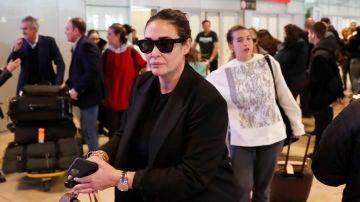 Vicky Martín Berrocal y Alba Díaz a su regreso a Madrid