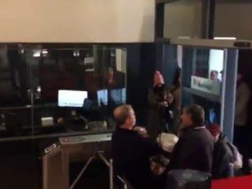 Sentada de Hogar Social Madrid en la sede del PSOE en Ferraz