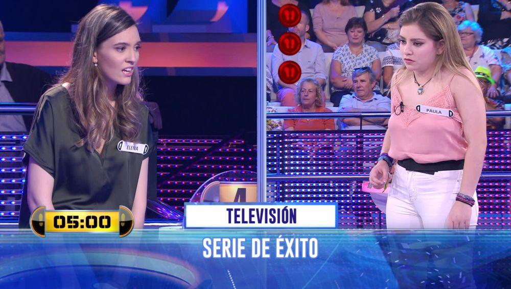 ¿Caerías por la trampilla? Duelo definitivo con un 'Adivina' sobre televisión en '¡Ahora caigo!'