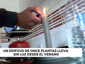 Un edificio de 47 viviendas lleva cinco meses sin electricidad en Jinámar, Canarias