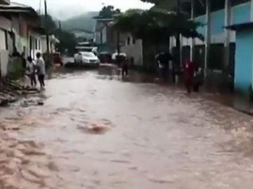Las lluvias torrenciales en Perú dejan al menos un treintena de muertos