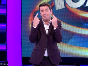 Pablo Motos, 'culpable' de las marcas de besos de Arturo Valls en '¡Ahora caigo!'
