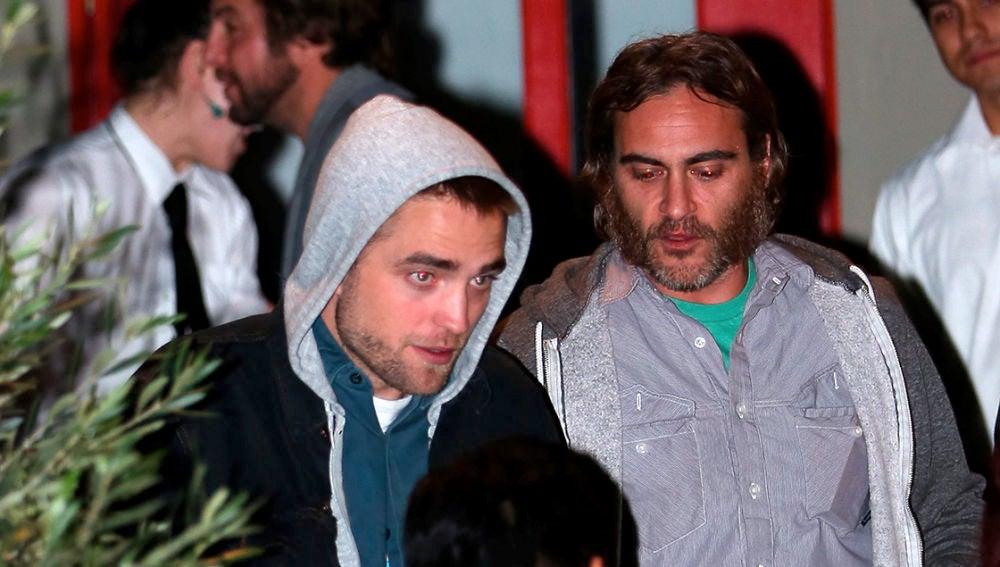 Robert Pattinson y Joaquin Phoenix
