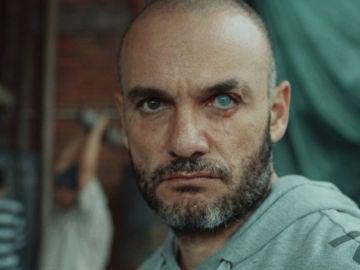 Antonio encuentra al hombre que raptó a su hija dentro de la cárcel más peligrosa de Colombia