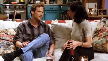 Stan Kirsch y Courteney Cox en 'Friends'