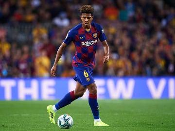 Todibo, en un partido con el Barcelona