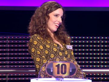 ¿Es italiana? Lucía trata de confundir a Arturo Valls en '¡Ahora caigo!'