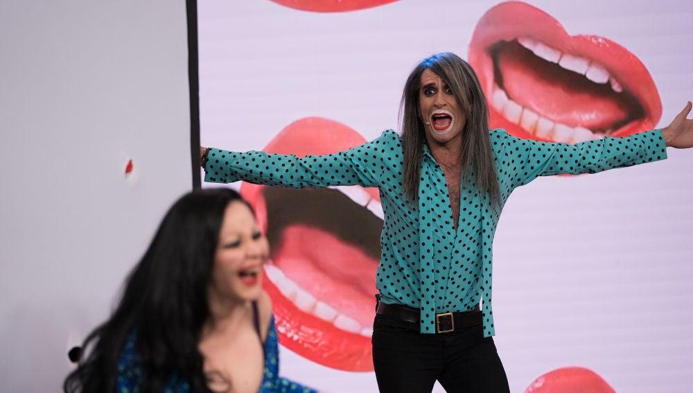 Mario Vaquerizo sorprende a Alaska en directo en 'El Hormiguero 3.0'