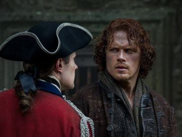 David Berry (John Grey) y Sam Heughan (Jamie Fraser) en 'Outlander'