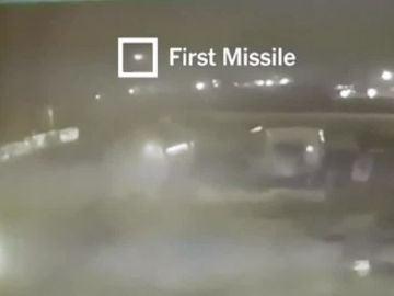 Un vídeo muestra cómo dos misiles iraníes golpearon a avión ucraniano