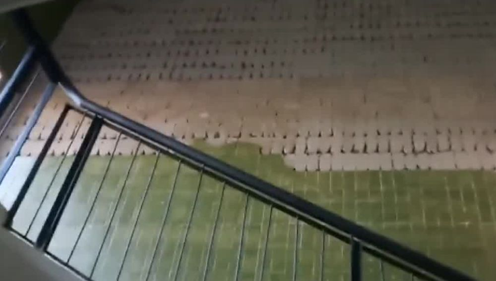 Un instituto en Camas, Sevilla, se cae a pedazos