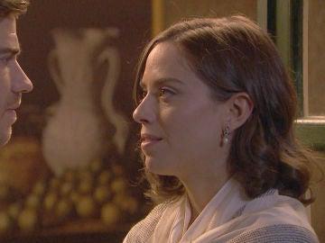 El sospechoso acercamiento entre Adolfo y Marta