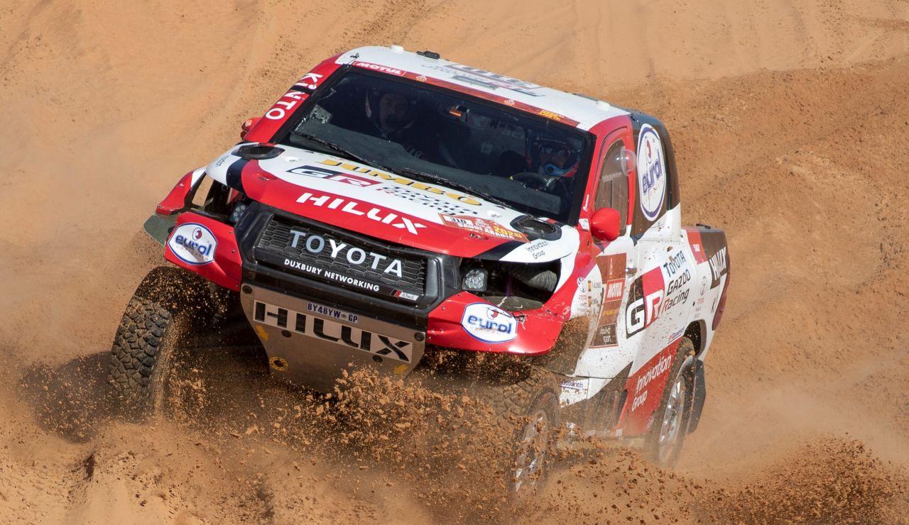 Fernando Alonso, en acción en el Dakar