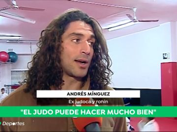 """Andrés, el judoka profesional que enseña a las jóvenes indias a defenderse: """""""