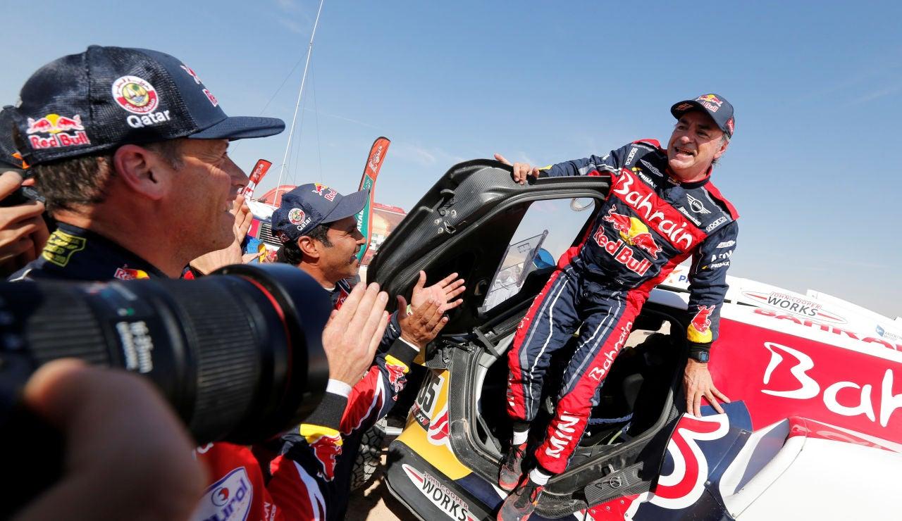 Carlos Sainz, nada más ganar el Dakar 2020
