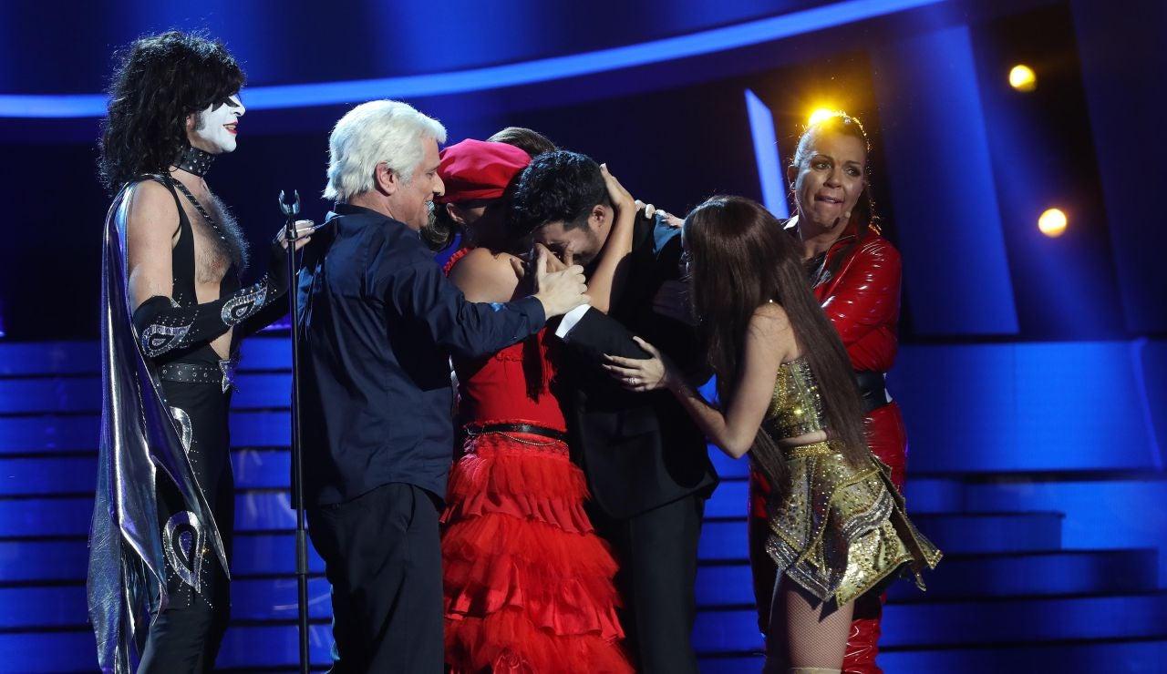 Las lágrimas de Jorge González tras quedarse sin voz durante su actuación