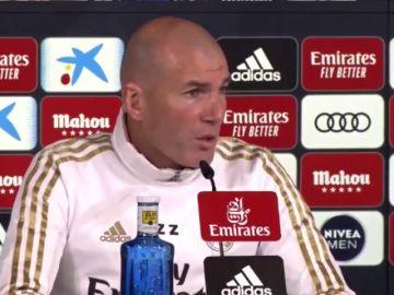 """Zidane: """"Lo siento por Valverde, para mí no va a cambiar nada y sé que si perdemos dos partidos me van a criticar"""""""