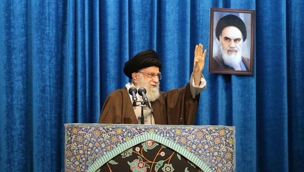 Jameneí insta a la resistencia de Irán y de la región frente a Estados Unidos
