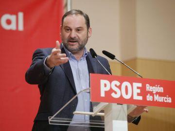 José Luis Ábalos en un acto del PSOE en Murcia