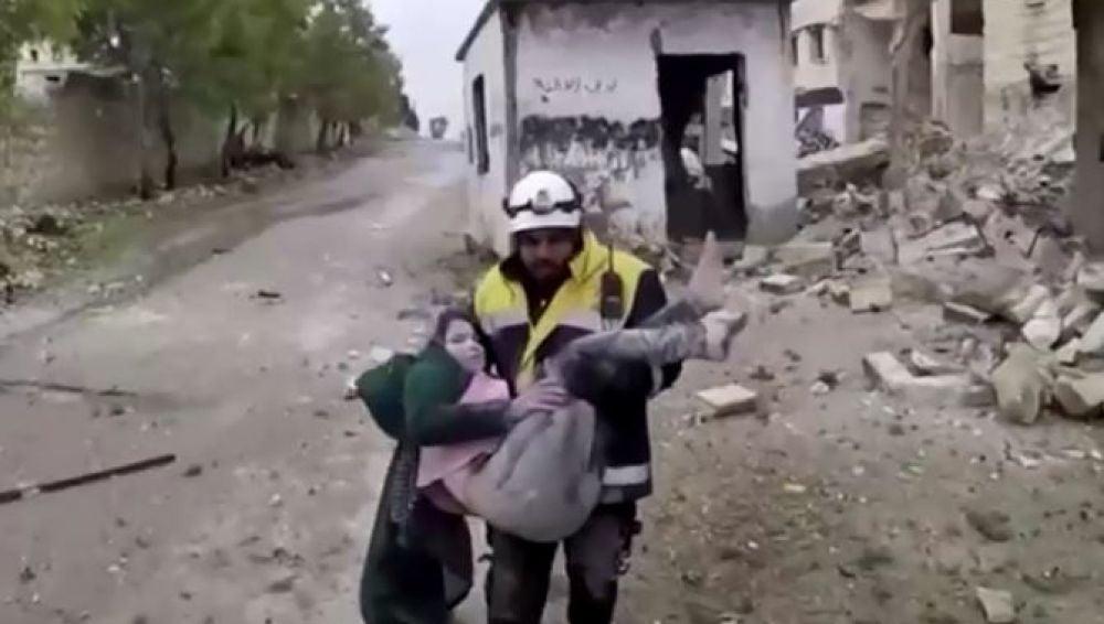 Mueren dos niños en Siria tras el ataque áereo del régimen de Damasco
