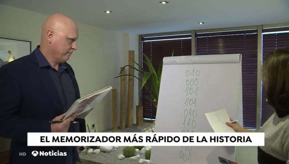 "Ramón Campayo, campeón mundial de memorización: ""Con dos horas diarias puedes preparar cualquier oposición"""