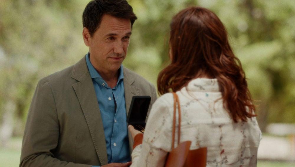 """Daniel pide a Cristina que deje a Sergio: """"Estoy enamorado de ti"""""""