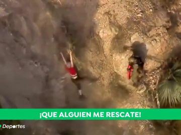 Una excursionista, salvada un segundo antes de precipitarse por un acantilado en una zona montañoza de Los Ángeles