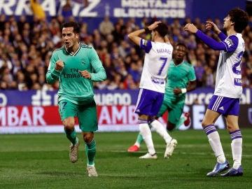 Lucas Vázquez celebra su gol ante el Zaragoza