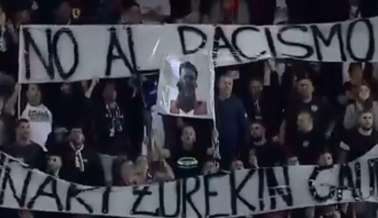 El tifo que sacó la afición del CD Tenerife en apoyo a Iñaki Williams