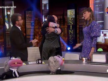 El emotivo reencuentro de Antonio Resines y Verónica Sánchez en 'El Hormiguero 3.0'