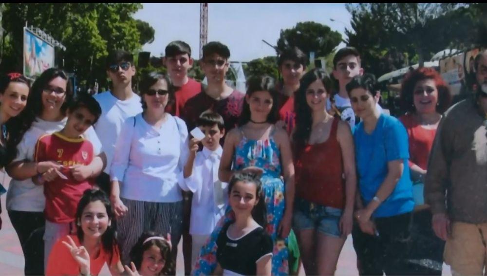 La familia de Raquel al completo