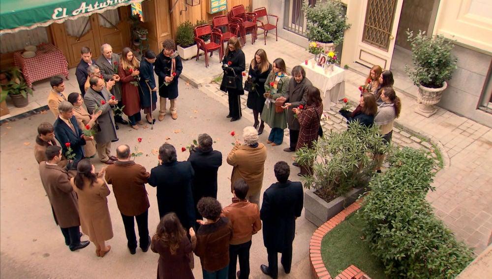 La Plaza de los Frutos, testigo de la despedida que Julia merece