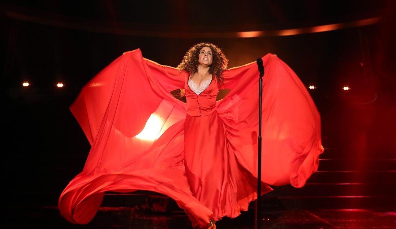 Cristina Ramos llena de magia el plató como Shakira en 'No'