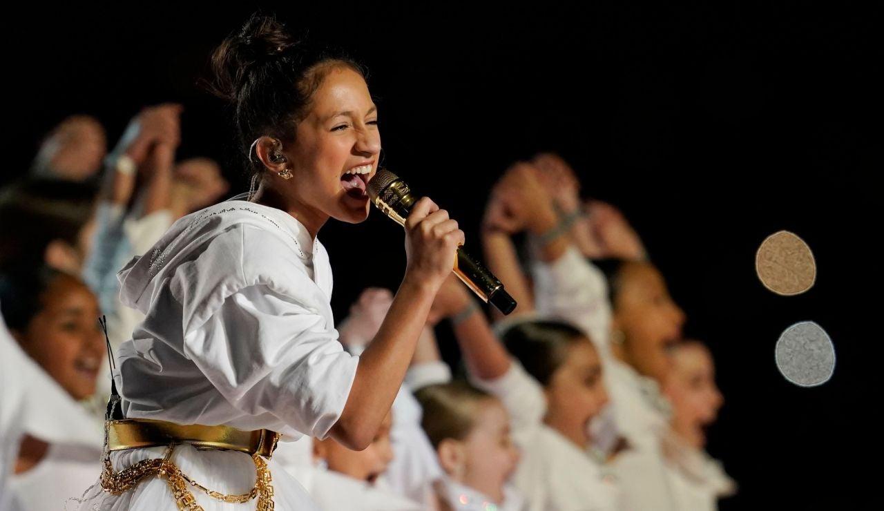 Emme Maribel Muñiz, hija de Jennifer López, en plena actuación